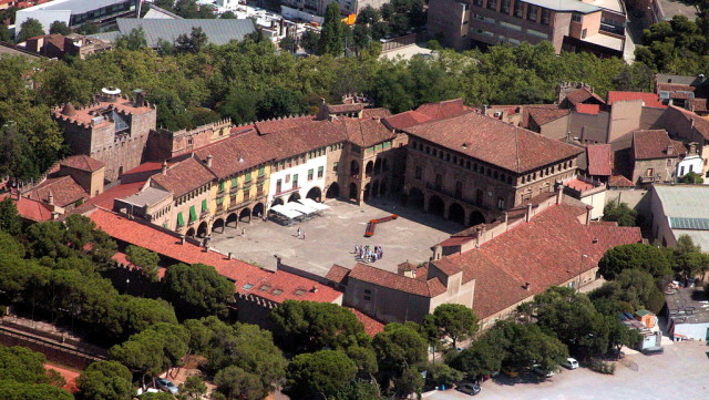 El Pueblo Español es un museo arquitectónico al aire libre ubicado en la montaña de Montjuic en la ciudad de Barcelona (España), a pocos metros de las Fuentes Mágicas de […]