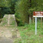 El puente Lubiáns  divide y hermana a dos pueblos