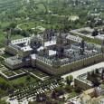 El Palacio Real-Monasterio de El Escorial es una histórica residencia de laFamilia Real Española y lugar de sepultura de los reyes de España. Ha sidonombrado Patrimonio Nacional y ocupa una […]