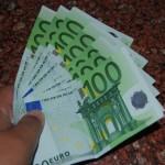 El Gobierno plantea limitar el sueldo de los alcaldes a 100.000 euros, sin complementos