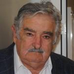 Contactos pol� ticos y comerciales en la gira de Mujica por España