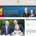 """[ ElRey Don Juan Carlos, el Príncipe Felipe y la Infanta Leonor """"Tres Generaciones unidas en un compromiso común"""" Foto realizada en los Jardines del Palacio de La Zarzuela La […]"""