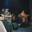 """El grupo M.A.L. (Marco Alfonso y Lucho) han puesto sobre las tablas de la sala Zitarrosa, el espectáculo de rock & roll llamado """"USE PERO NO ABUSE"""". Como si de […]"""