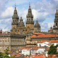 Imagen:RAQUEL CACABELOS Más de mil peregrinos llegan al día a Galicia para batir récords históricos En lo que va de año suman diez mil más que en el mismo período […]