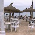    De humildes casas de pescadores a locales de diseño. Los chiringuitos son algo típico de la costa española y aprovechando el buen tiempo y las vacaciones, comienzan […]