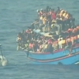 Han fallecido por asfixia hacinados en una parte estrecha de la embarcación La nave transportaba a 600 refugiados que se dirigían a la isla de Sicilia 30 inmigrantes han muerto […]