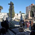 Acto recordatorio a los emigrantes fallecidos en el Panteón de los gallegos del cementerio central