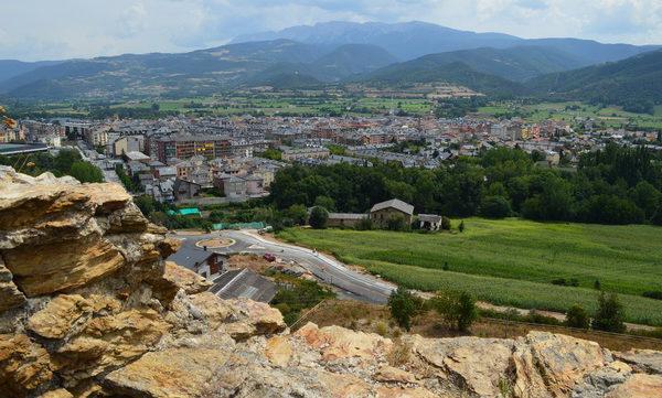 Con España vale visitamos La Seu D´Urgell en Lleida La localidad de La Seu d'Urgell se halla a los pies del Pirineo, en el valle del Segre, muy cerca de […]