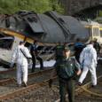 Entre los fallecidos está el maquinista y el interventor del tren Hay 47 personas heridas sin gravedad y la mayoría han sido dadas de alta Los bomberos tratan de rescatar […]
