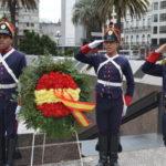 Conmemoración de la fiesta nacional de España en Uruguay, acto oficial en plaza independencia y plaza España