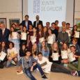 Se entregaron las Compostelas a los jóvenes que han transitado por el camino de Santiago este año 2017. Dicho documento otorgado por el cabildo de la catedral de Santiago de […]